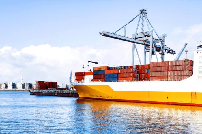 150 тысяч моряков торгового флота ждут своей смены