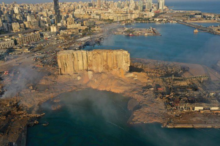 После взрыва порт Бейрута возвращается к работе