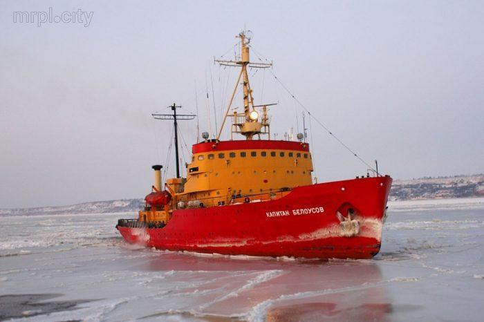 «Капитан Белоусов» ремонтируют перед зимним сезоном
