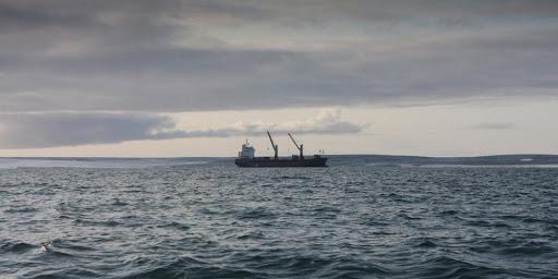 ООН призвал страны снять ограничения для ротации моряков