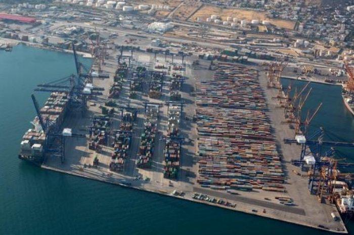 Греция планирует отдать в частные руки три государственных  порта
