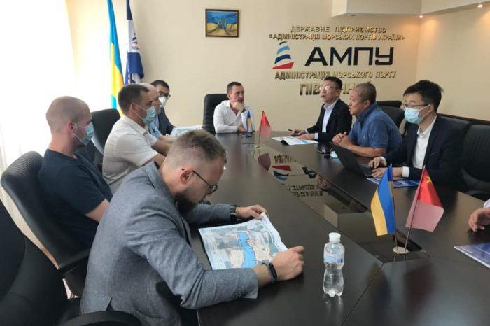 """CRCC планирует строить терминал в порту """"Пивденный"""""""
