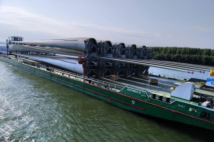 Порт Рени переработал первую партию груза для ВЭУ (ФОТО)