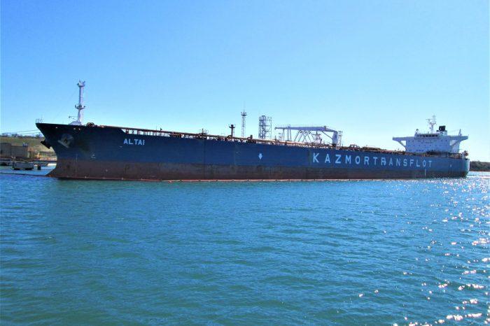 Импорт нефтепродуктов через порты Украины увеличился на 35%