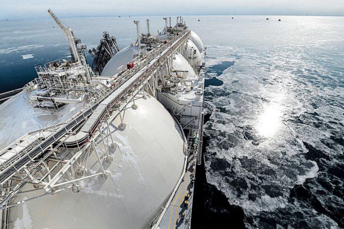 HFW продает почти половину морского флота Швейцарии