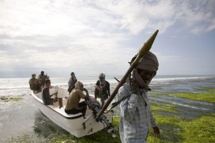 Сомалийские пираты отпустили своего последнего заложника