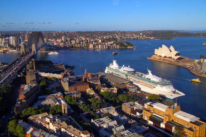 Австралия может отказаться от судозаходов из-за коронавируса