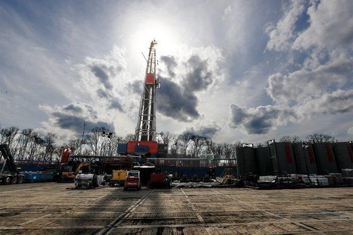 Франция откладывает сделку с США по СПГ из-за экологических проблем