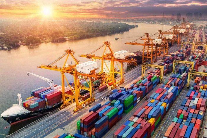 Китай открывает 10 портов для смены экипажа