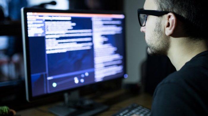 Минъюст США обвиняет российских хакеров в кибератаке, от которой пострадал Maersk