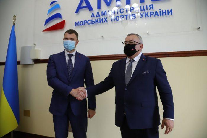 Украина и Польша будут вместе развивать транспортный коридор между Гданьском и Черным морем