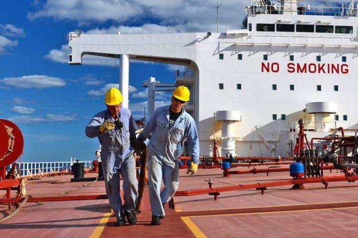 """IAMSP добивается для моряков статуса """"ключевой работник"""""""