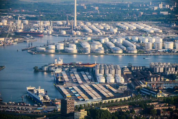 Бельгийские и голландские порты создают единую береговую энергосистему