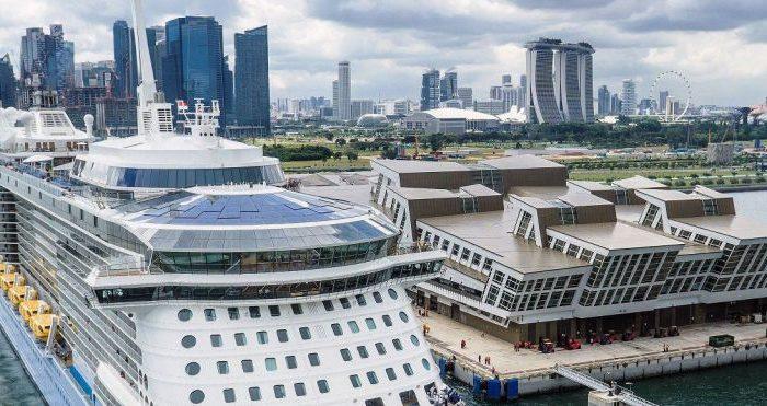 "Власти Сингапура разрешат ""круизы в никуда"""