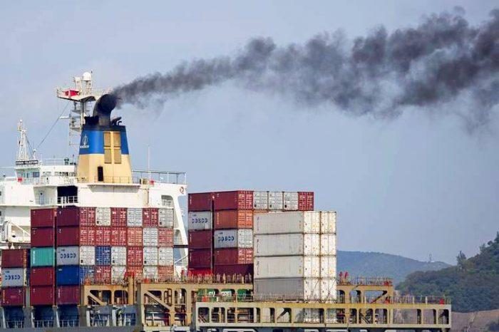 Мировые гиганты отрасли обязуются вести прозрачную отчетность о выбросах от судов