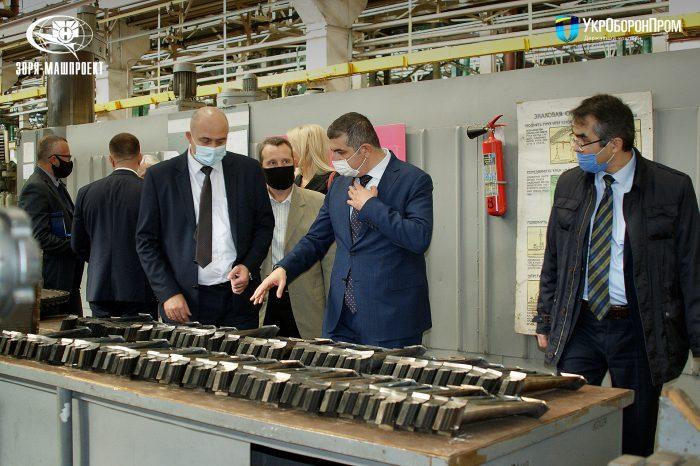 Украина и Турция будут вместе выпускать оборудование для военных судов