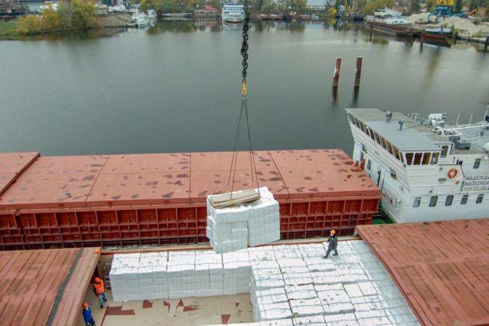 Беларусская целлюлоза отправится в Сербию через Киев, Херсон и Измаил (ФОТО)