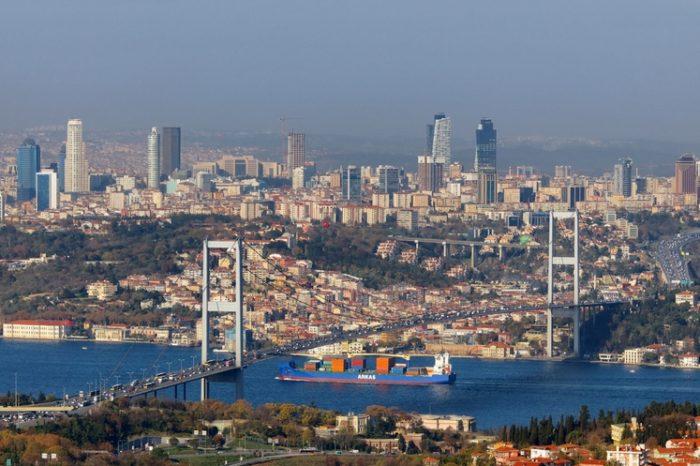 Черноморские проливы: как суда проходят ворота Черного моря