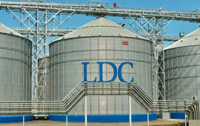 LDC продает 45% акций