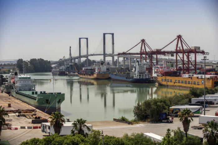 Порт Севильи инвестирует 40 млн евро в модернизацию доков