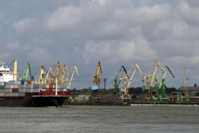 ЕС профинансирует дноуглубительные работы на канале порта Клайпеды