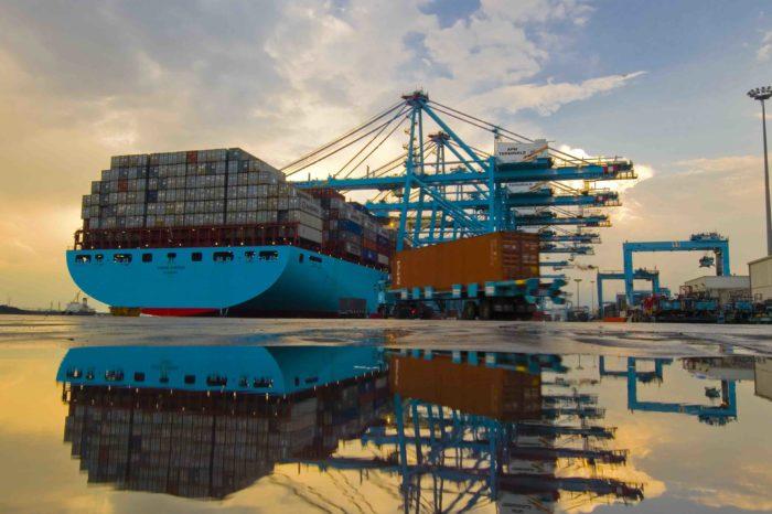 Новый маршрут Maersk проходит через Россию