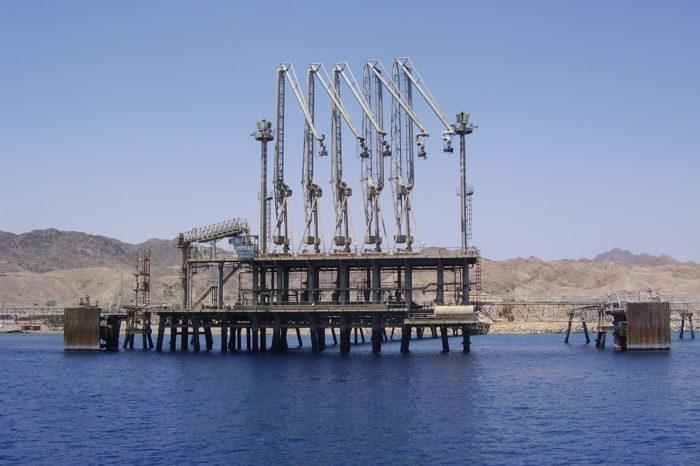 Теперь арабская нефть будет идти транзитом в Европу через Израиль