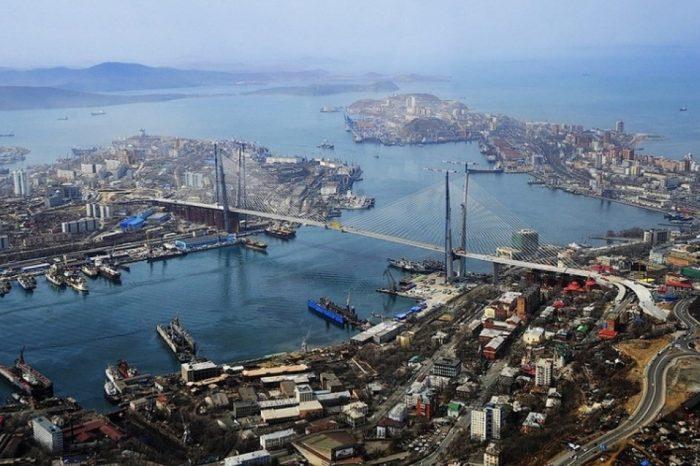 В РФ порт отказался принимать попавшее под санкции российское судно