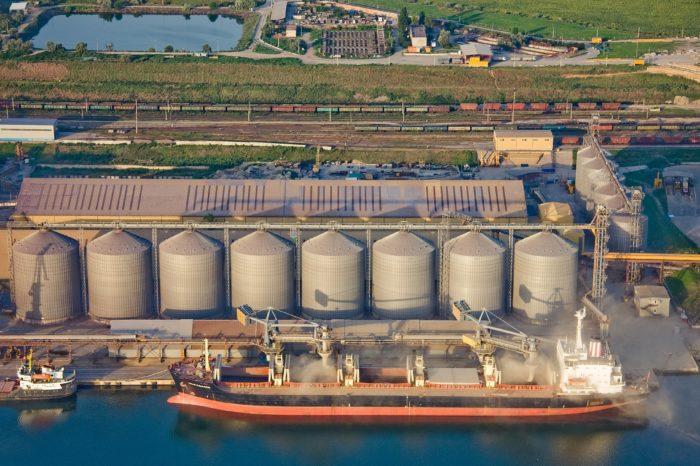 Украинские зерновые терминалы потеряют в текущем сезоне 98 млн долл США
