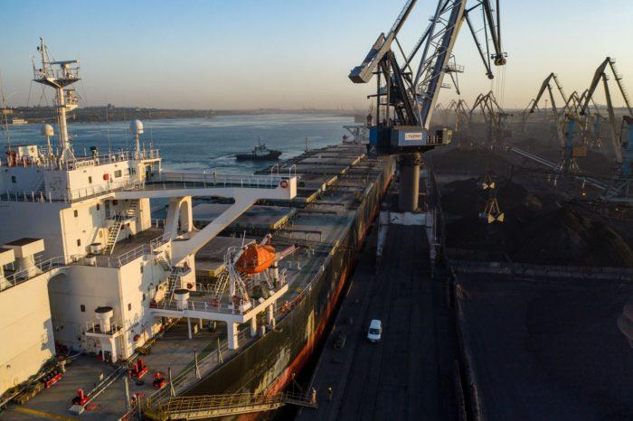 Портовые операторы в Украине обработали более 145 млн тонн грузов