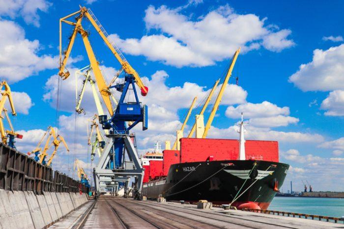 За 11 месяцев в Мариупольском порту перевалили 6,5 млн тонн грузов