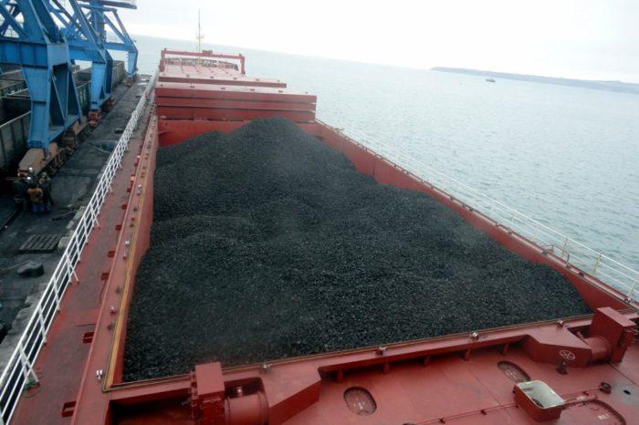 Китай официально вводит запрет на австралийский уголь