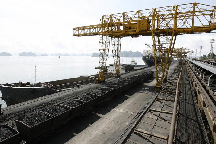 США наложили санкции на судоходные компании за транспортировку северокорейского угля