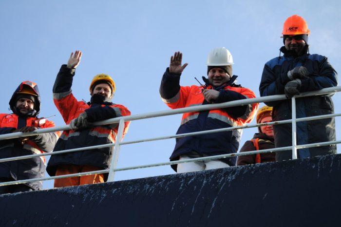 Новая резолюция МОТ призывает помочь морякам в безвыходном положении