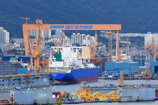 DSME расторгает сделку на поставку 6 контейнеровозов