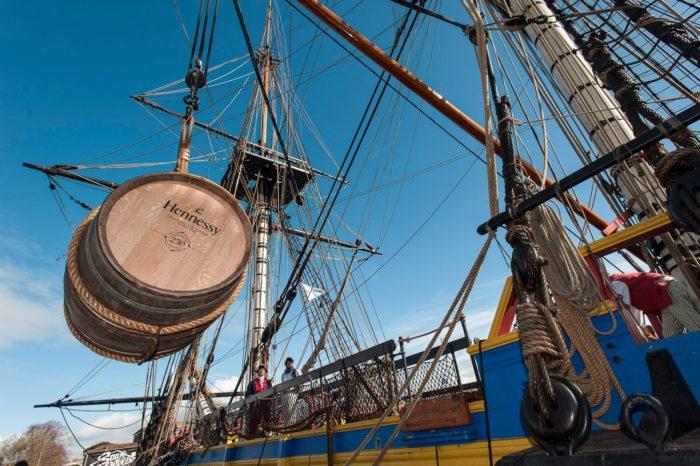 Грузовые парусники Neoline будут перевозить через Атлантику коньяк Hennessy