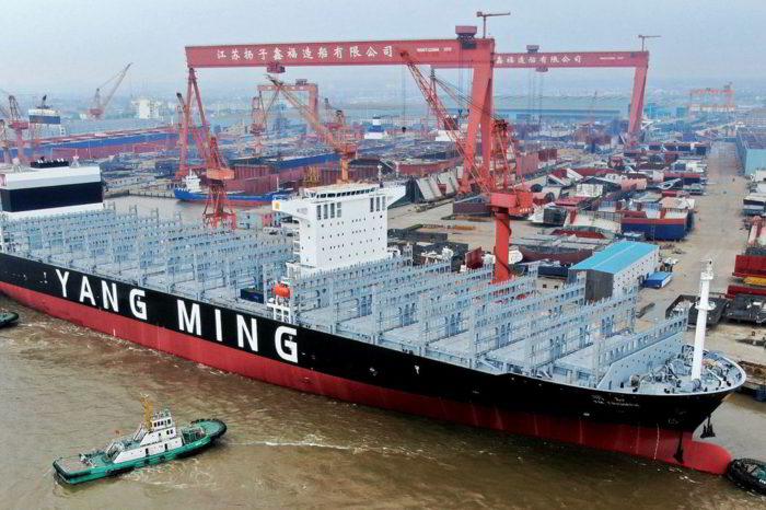 Верфи CSSC получили заказ на сверхбольшие контейнеровозы