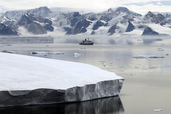 IMO подчеркнули важность судоходства в полярных водах