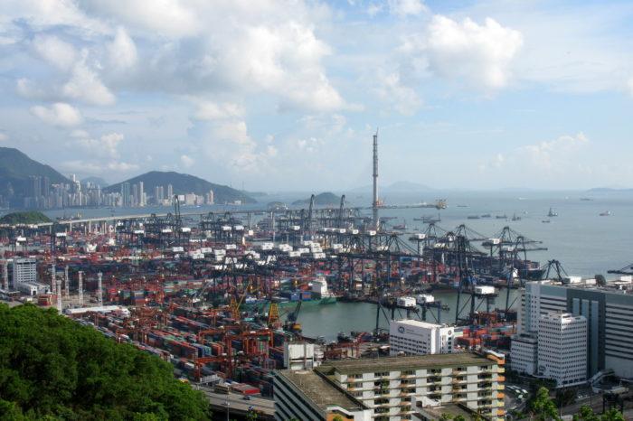 Китай начал строительство беспилотной плавбазы