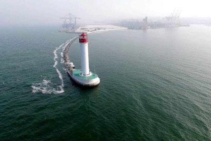 На Воронцовском маяке установлено новое навигационное оснащение