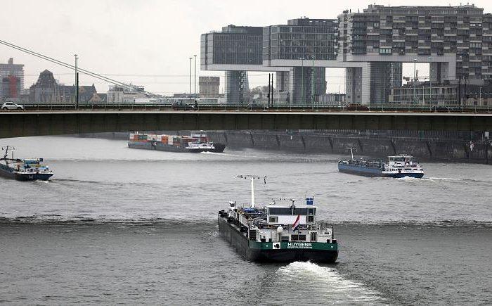 Германия: из-за отсутствия осадков доставка по Рейну приносит сложности
