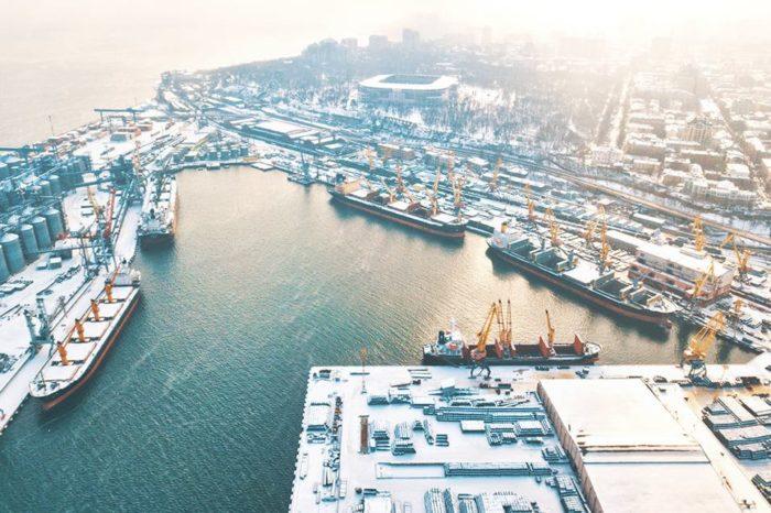 В Карантинной гавани Одесского порта одновременно обрабатывают пять балкеров (ФОТО)