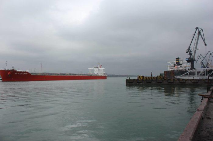 В прошлом году операторы в морских портах Украины обработали 158,86 млн тонн грузов