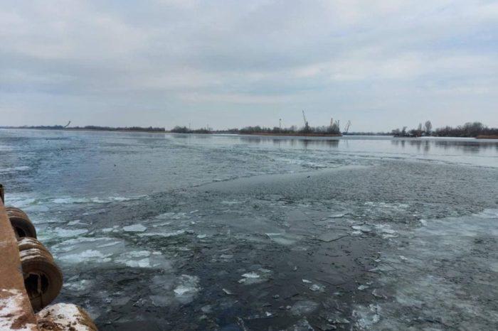 Прекращена ледовая кампания в трех портах Украины