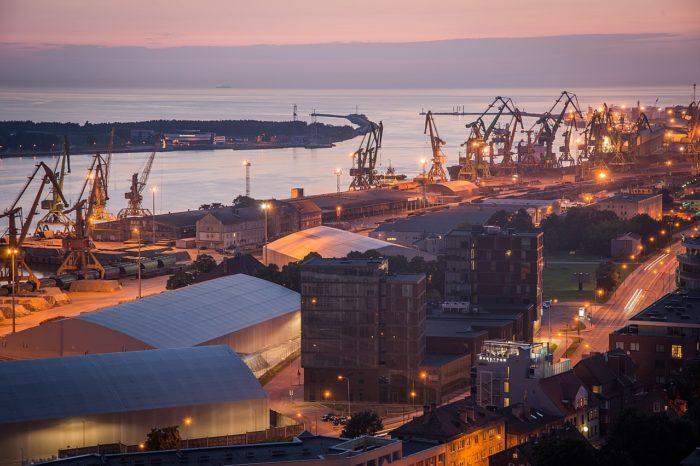Инвестиции в канал в порту Клайпеда достигли 483 млн евро