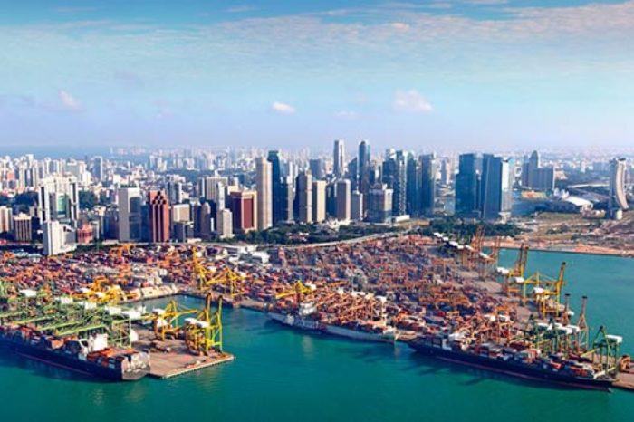 К концу месяца Сингапур вакцинирует более 10 000 морских рабочих
