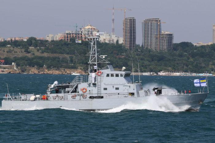 В Черном море проходят испытания двух боевых кораблей ВМСУ