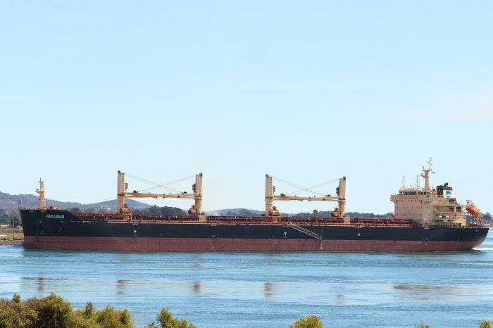 В Одесском порту на судне умер моряк