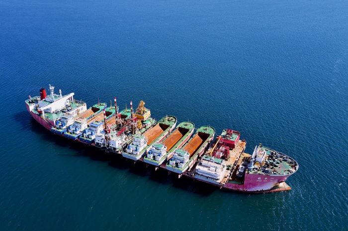 Самый-самый порт Пивденный: от Хаммера до наших дней