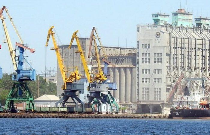 В Николаевском порту на судне выявили шестерых нелегалов из Египта